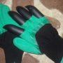 Садовые перчатки с КОГТЯМИ для сада. Garden Genie Gloves